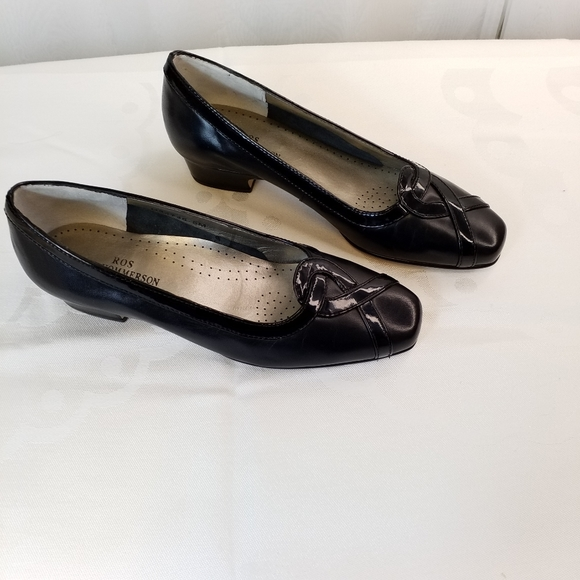 """Ros Hommerson black fine leather flats 1"""" heels 6M"""